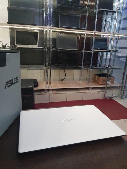 Новый хядерныйноутбукAsusGB/гарантия